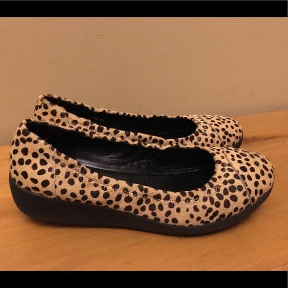 5da355c461b Fitflop Shoes - Like-new